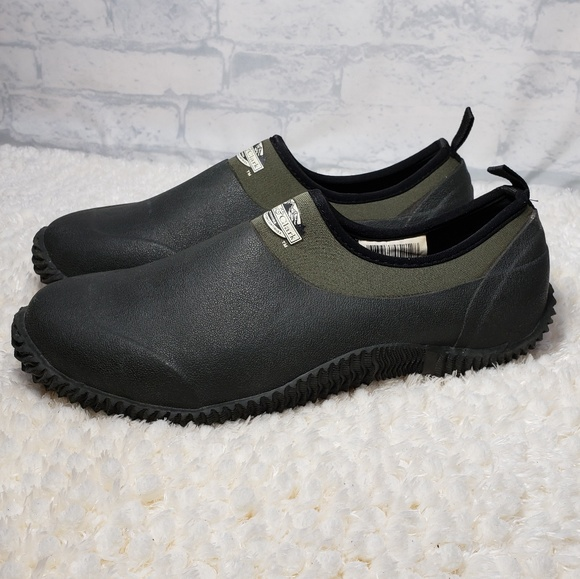 men's all weather slip on shoes